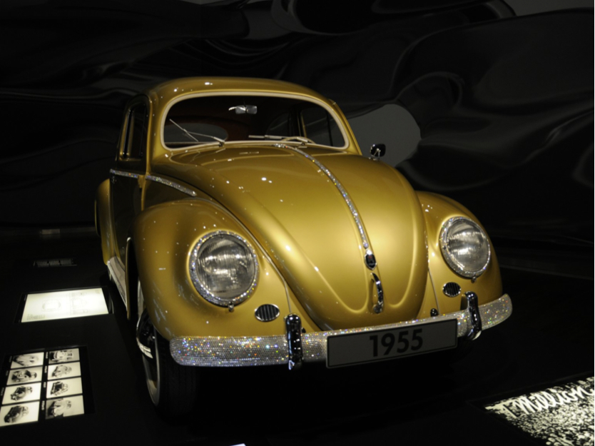 Goldener VW Käfer