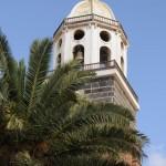 Teguise - Kirchturm mit Palme